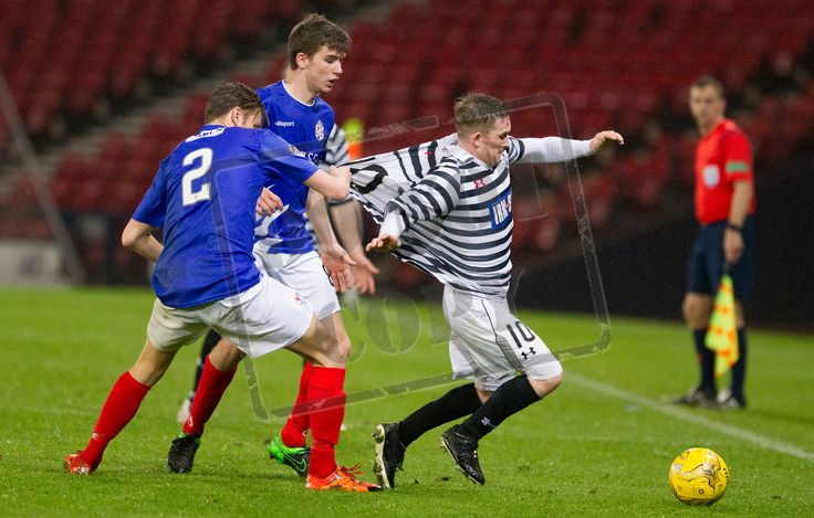 Queen's Park's Joe Bradley on the ball during the SPFL League One play off game between Queen's Park and Cowdenbeath.