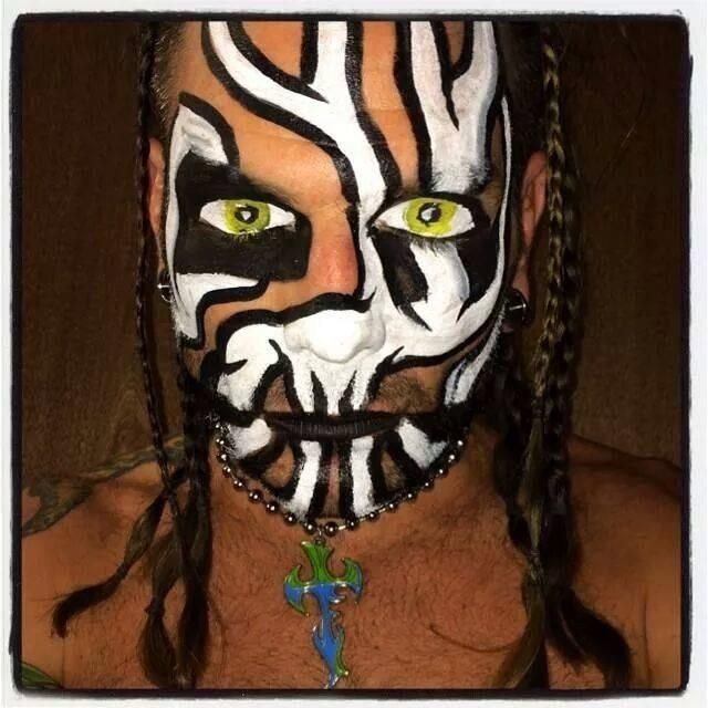 Jeff Hardy and his face paint. or i guess we could call it face art haha