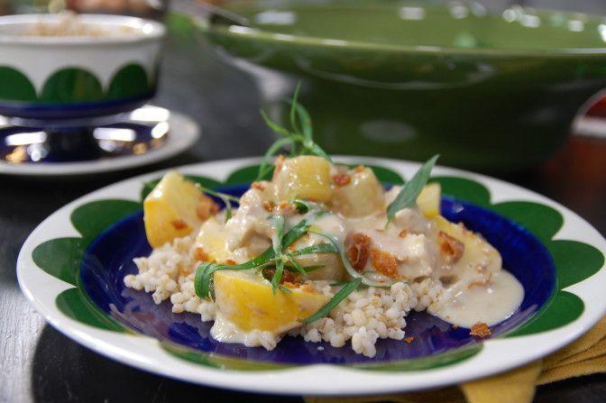 Mjölkpocherad ekologisk kyckling | svenska.yle.fi