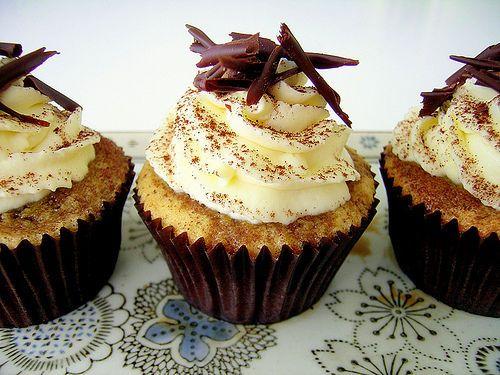 Tasty Tiramisu Cupcakes: Cupcake Rosa-Choqu, Sweet Yummy, Baking Recipies, Tiramisu Cupcake Yummm, Chocolates Cakes, Yummy Recipe, Cupcake Recipe, Baking Recipe, Cupcake Baking