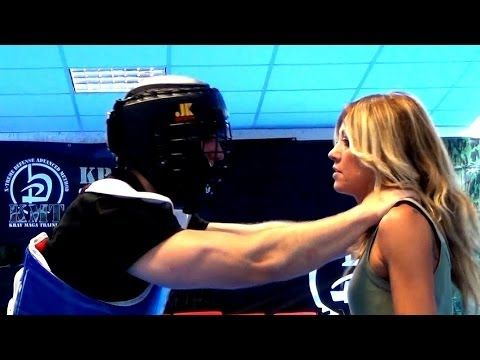 KRAV MAGA TRAINING • How to survive a Strong Choke - YouTube