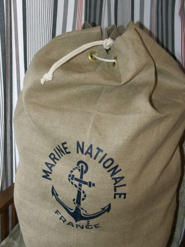 2011-10 Sac Marine Nationale (3)