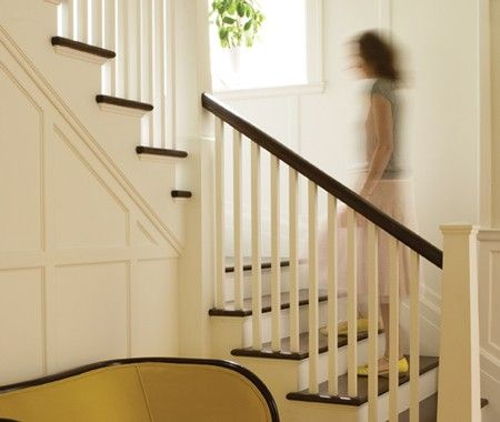 How to choose carpet and stains for stairs in an entryway or hall | House & Home: Stairs Wall, Photos Galleries, Decor Ideas, Stairca Remodel, Yellow Rooms, Living Rooms, House, Front Entry, Homes