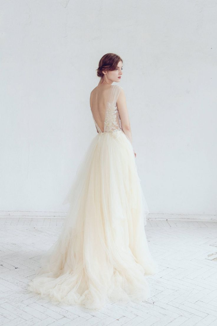Champagne & Ivory Tulle Wedding Dress - Chic Vintage Brides : Chic Vintage Brides