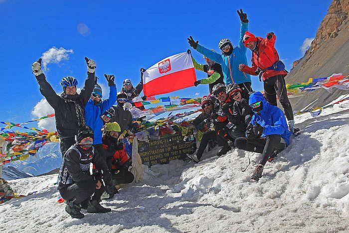 Pokonując swoje ograniczenia, szukając siły i motywacji - udało się! Himalaje zdobyte. Marzenie spełnione.  #ing #motywacja #inspiracja #siła