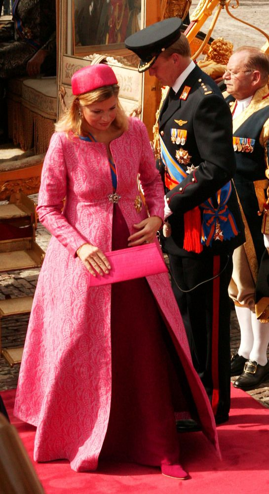 The pregnant Princess Maxima enters the Binnenhof with Prince Willem Alexander on September 16, 2003 in The Hague, Netherlands.
