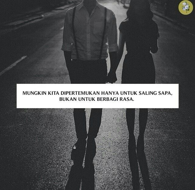 Degup jantungku berlarian dibuai pesona seorang impian, namun sayang kau hanya…