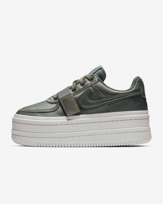 8f0f4e2a13f Nike Vandal 2K Women s Shoe