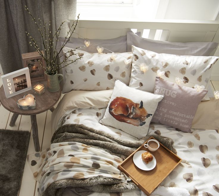 You'll LOVE lie ins in this heart bedding from our Decelerate collection. This collection is made up of tranquil colours and rustic patterns to guarantee you a calming sleep.
