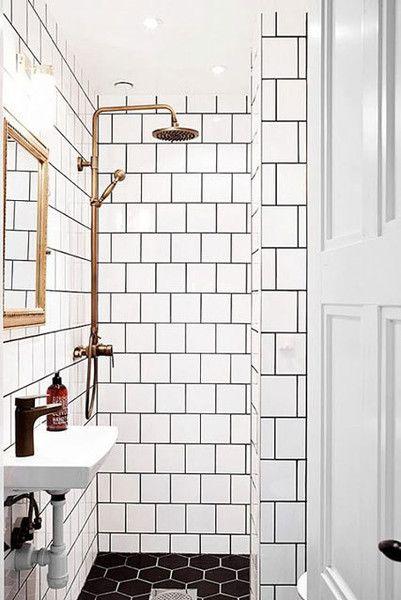 Go In Reverse - 15 Tiny Bathrooms That Are So Impressive - Photos