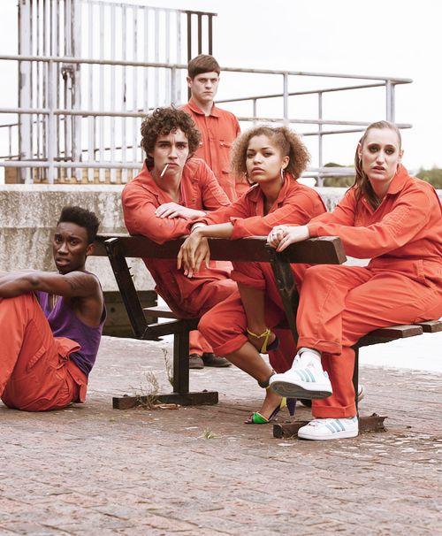 Misfits - Best cast : Nathan (Robert Sheehan) , Kelly (Lauren Socha), Curtis (Nathan Stewart - Jarrett), Alisha (Antonia Thomas), Simon/Barry (Iwan Rheon) ♥ ♥ ♥