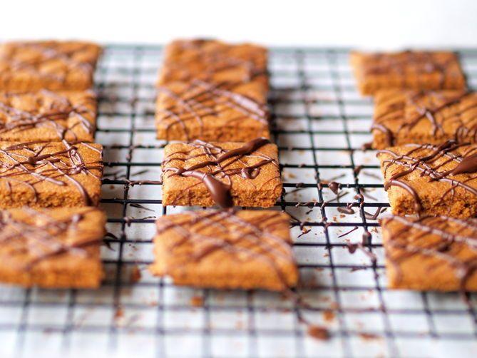 Chocolate covered graham crackers--yum!