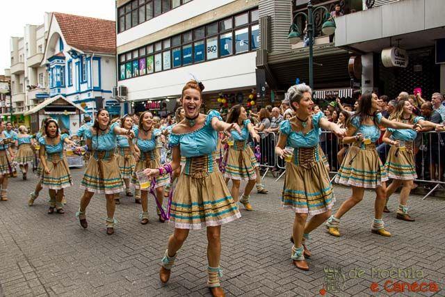 Desfile da Oktoberfest de Blumenau
