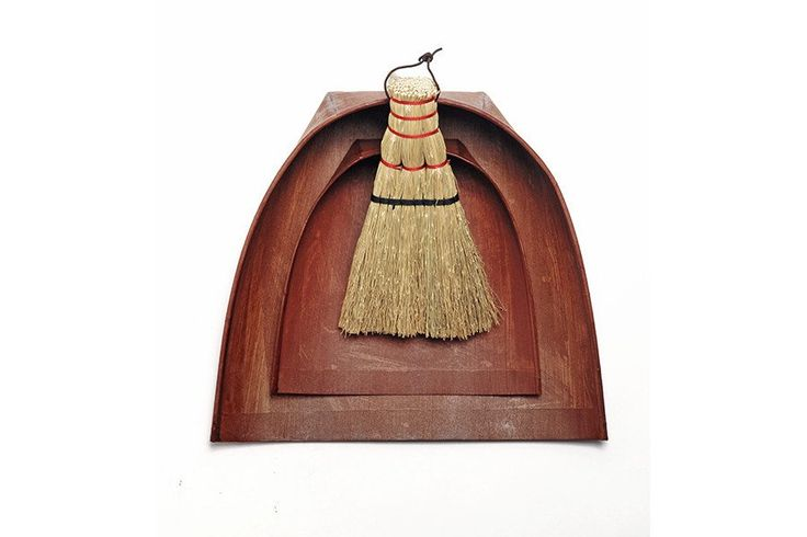 And you thought a dustpan and brush could never be sexy.  Japanese Harimi Dustpan and Hand Brooms