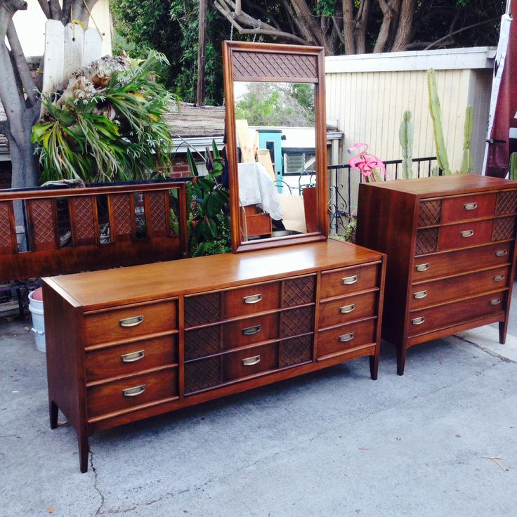 Mid century walnut bedroom set modern flamingo inventory Century bedroom furniture