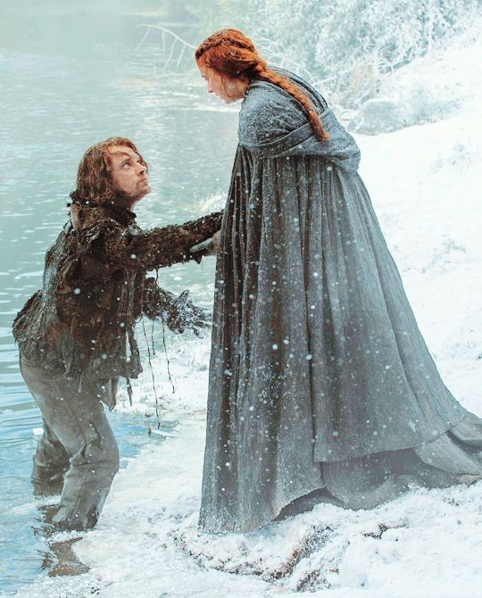 """Theon Greyjoy and Sansa Stark in Game of Thrones season 5 episode 1"""