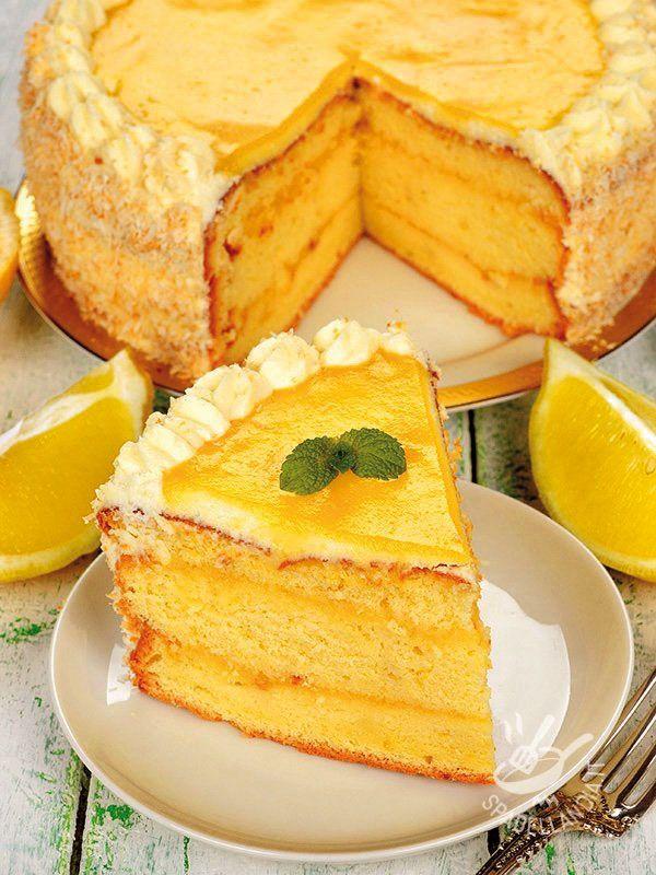 La Torta agli agrumi senza glutine è un dessert fresco e profumatissimo: base al limone con deliziosa crema all'arancia. #tortaagliagrumi