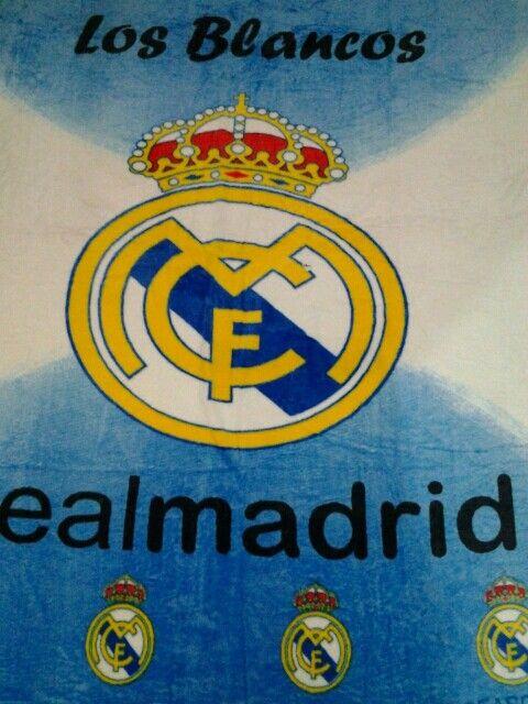 #Selimut #Bola #Madrid new season. Hubungi 081 392 716 388 (sms/WA/LINE). Selimut bola Madrid ukuran 150x200cm harga 175 ribu. Bahan bulu tebal lembut tidak rontok.