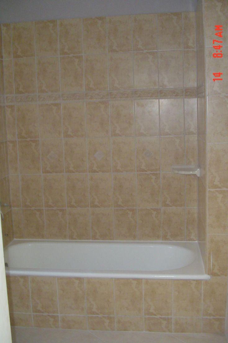 Best 25+ Bathtub tile ideas on Pinterest   Bathtub remodel ...