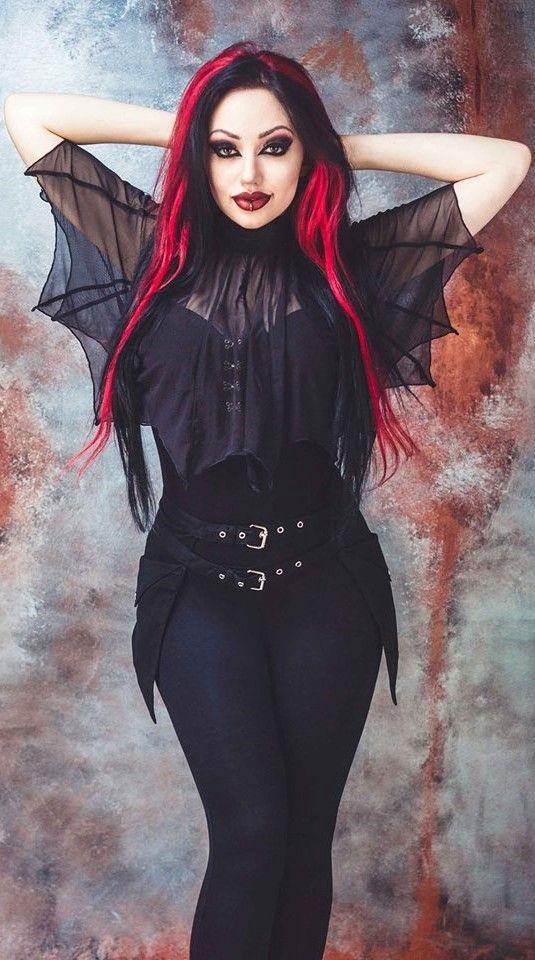 Dani Divine - Bat Top! #gothicfashion,