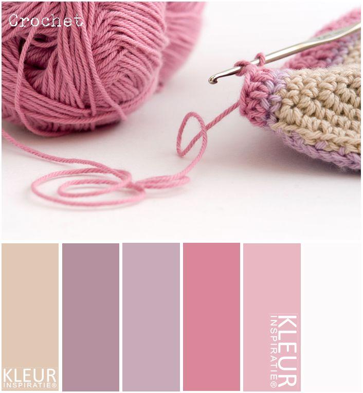 Kleurinspiratie - Crochet. Mooie kleuren garen bij elkaar, roze, paars en beige