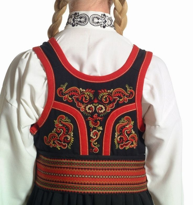 Princess - Aust-Telemark - Dame - our national costumes - Almankås