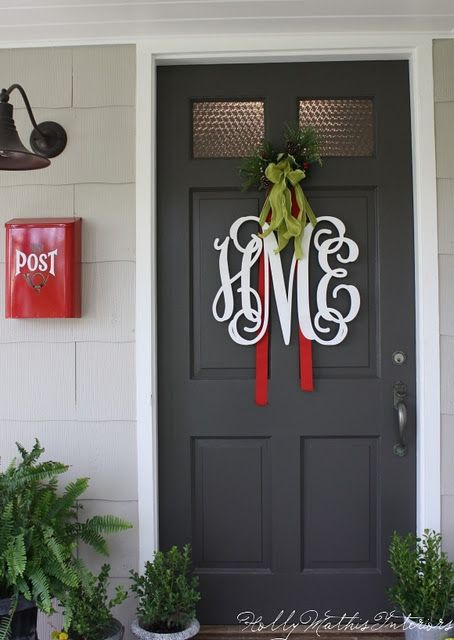 Inexpensive website to order monogram wood letters: Monograms Letters, The Doors, Decor Ideas, Doors Hangers, Wood Letters, Doors Decor, Front Doors, Doors Colors, Monograms Doors