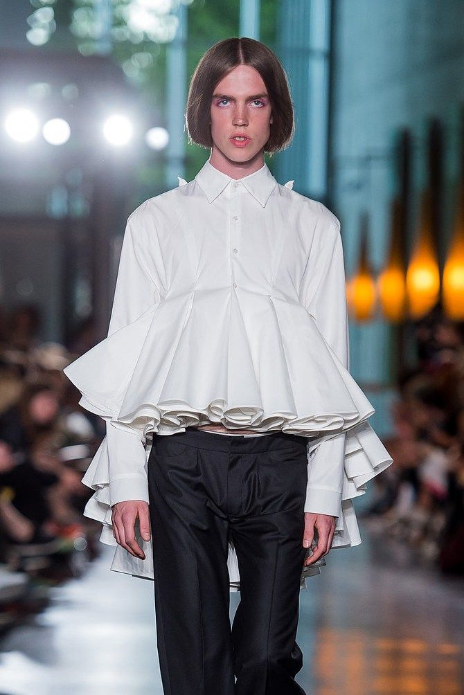 Six Oslo Runway Designers To Know For Aw18 Genderless Fashion Gender Fluid Outfits Gender Fluid Fashion