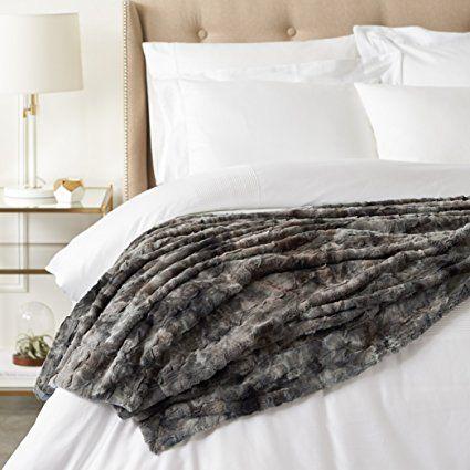 PInzon Faux Fur Throw Blanket  #affiliate