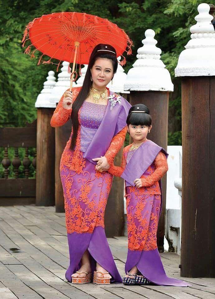Htet Htet Moe Oo Beautiful Girl In Traditional Dress
