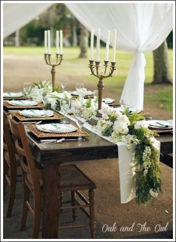 Rehearsal Dinner Decorations - Affordable and stunning wedding decorations!