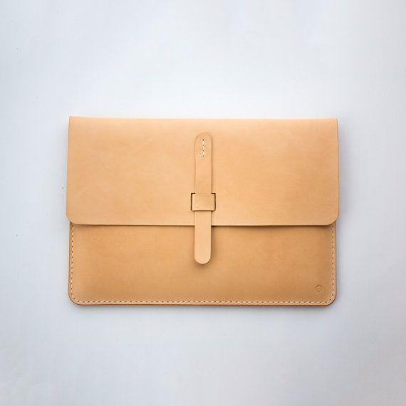 Leder Case Hülle für MacBook / Pro Retina / Air Hand von SeanChy