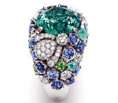 "Chaumet / Ring ""Bee My Love"" - White gold, diamonds, green tsavorites, sapphires - Chaumet Joaillerie 2011"