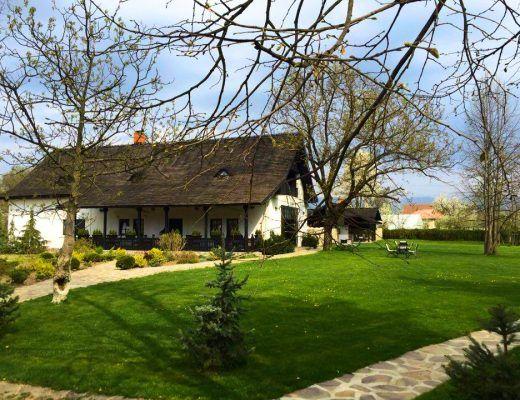 Beautiful rural place to visit: Maldar Manor in Horezu, Romania
