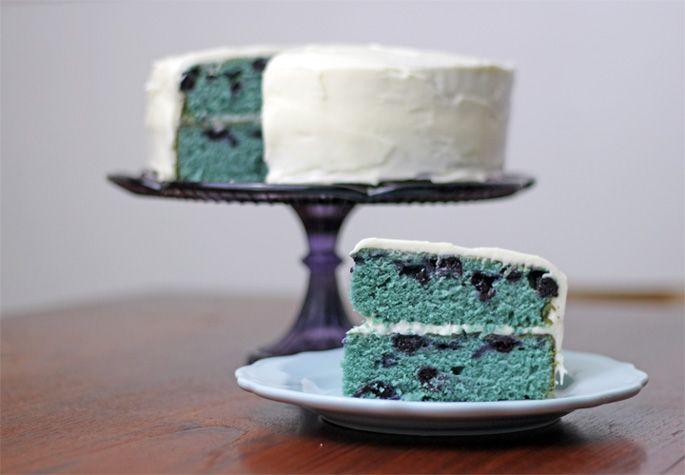 Blueberry Cake with Cream Cheese IcingCream Cheese Frostings, Blueberries Cake, Blueberries Muffins, Yummy Blueberries, Meeting Birthday, Birthday Cakes, Cream Cheeses, Velvet Cake, Blueberries Velvet