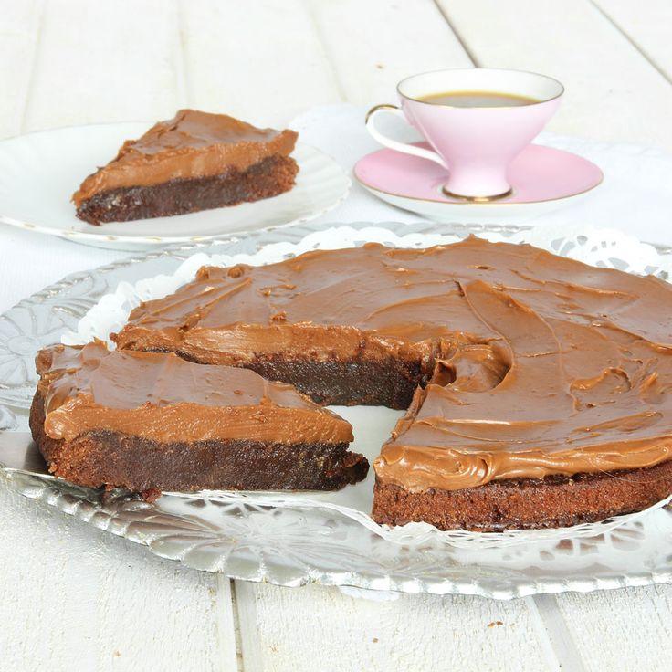 Oemotståndlig tårta som passar på vilket kalas som helst!