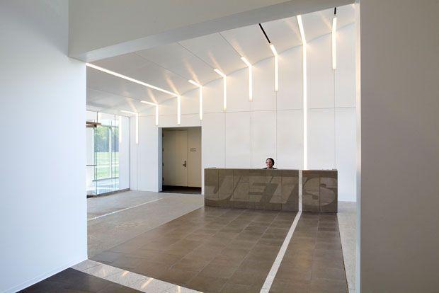 Michael Gericke for Pentagram & Roger Duffy for SOM | NY Jets training center lobby in Florham Park, NJ | #saltstudionyc