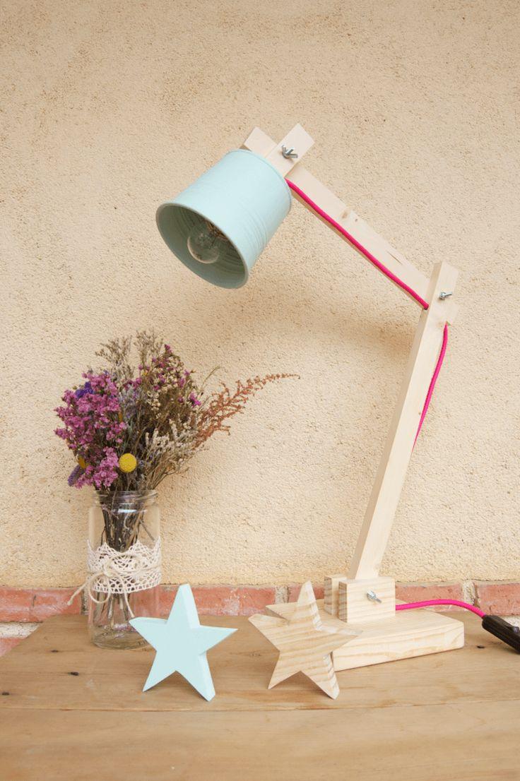 Los mejores DIY Made in Spain (parte Wooden Lamp, Wooden Decor, Wooden Crafts, Wooden Diy, Diy And Crafts, Diy Luz, Luminaria Diy, Diy Design, Decor Interior Design