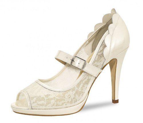 Brautschuhe von Fiarucci Vintage /Liz/ mit Spitze, bei EVENT-MODE Elsa Coloured Shoes, http://www.amazon.de/dp/B00EOUTE4A/ref=cm_sw_r_pi_dp_n.djtb0AJHEJT