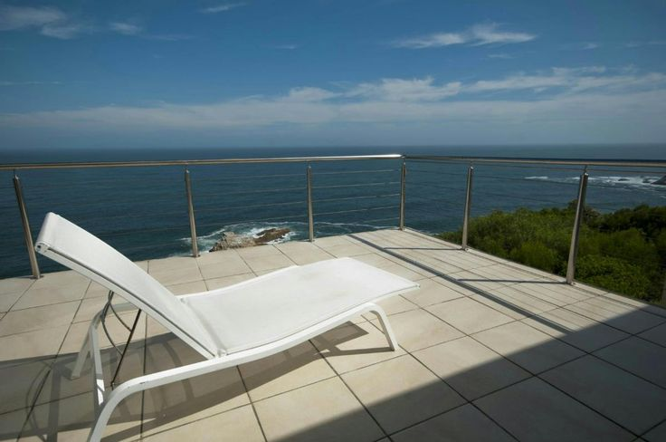 http://listing.pamgolding.co.za/Images/Properties/201503/484963/H/484963_H_26.jpg