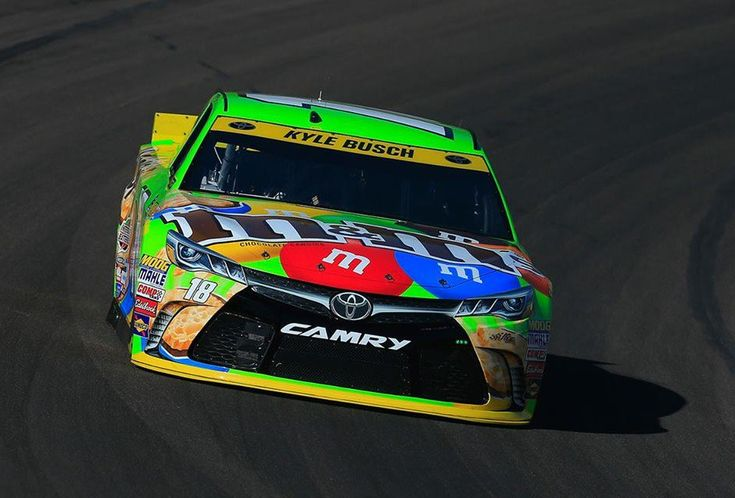 Kyle Busch is your 2015 NASCAR Sprint Cup Series Champion https://racingnews.co/2015/11/22/2015-nascar-sprint-cup-champion-kyle-busch/ #kylebusch