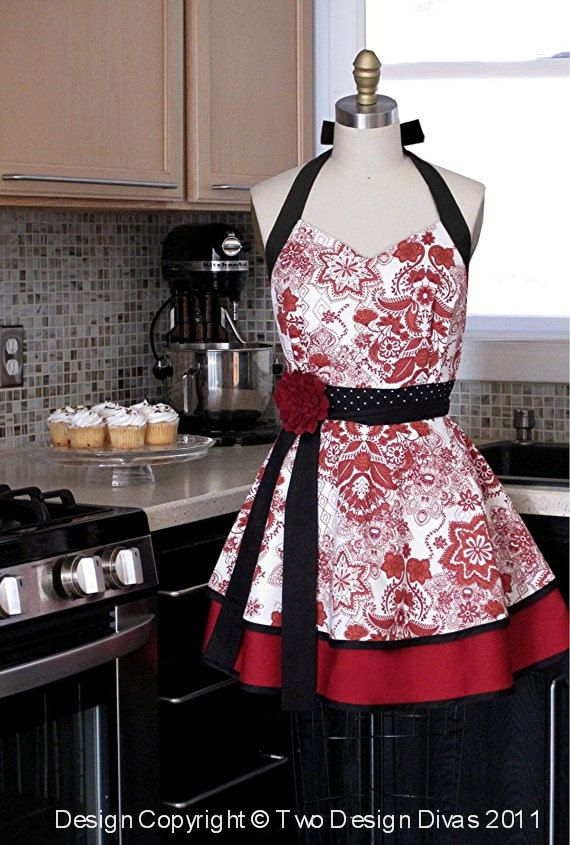 : Sewing Projects, Kitchens Aprons, Red Aprons, Sewing For Mothers Day, Cute Aprons, Super Cute, Aprons Sweetheart, Mothers Day Sewing, Sweetheart Neckline
