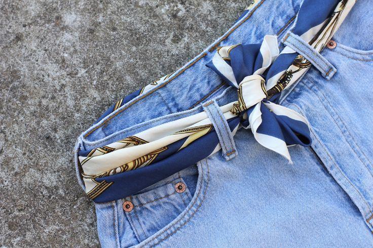 Un foulard comme ceinture
