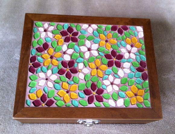Caixa de Costura em mosaico Flores