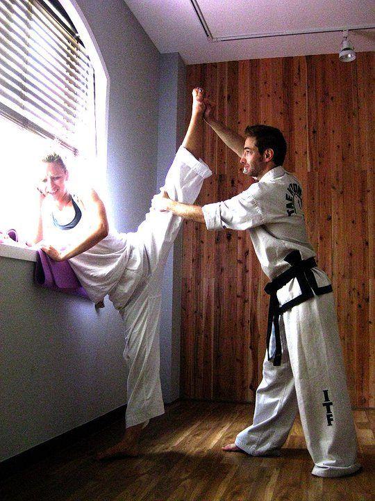 Stretching #taekwondo #stretching #cutegirl #girl #pretty #corea #martialarts