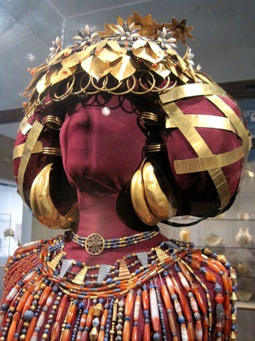 The Crown Jewels Of The Sumerian Queen Puabi Aka Shabad