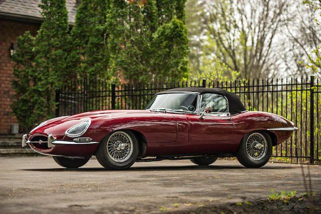 <b>1967 Jaguar E-TYPE SERIES 1 Roadster</b><br />Chassis no. 1E13881<br />Engine no. 7E-11125-9