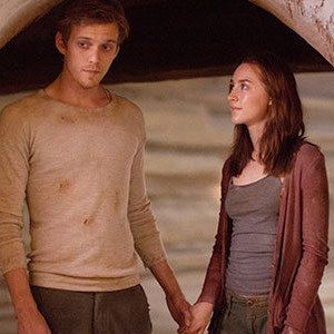The Host Photos with Saoirse Ronan, Jake Abel, and William Hurt - These shots also offer a better look at the white-clad Souls in director Andrew Niccol's adaptation of the Stephenie Meyer novel.