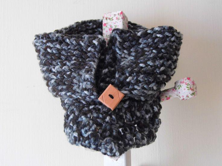 cuellos tejidos en lana a crochet