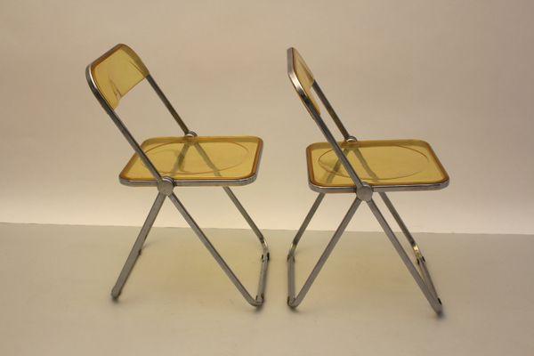 Plia Folding Chair By Giancarlo Piretti For Castelli 1969 In 2020 Folding Chair Chair Eames Chairs